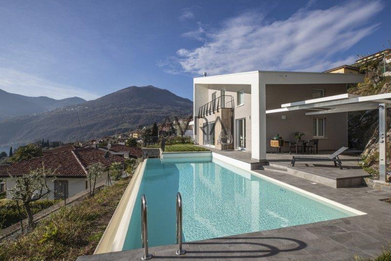 Doppelhaushälfte in Riva di Solto