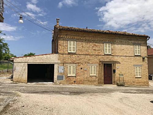 Haus in Monte Vidon Corrado