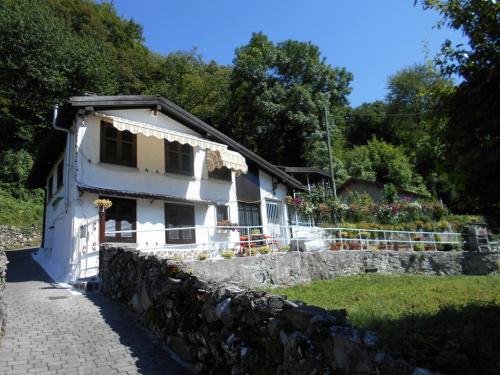 Maison individuelle à Nesso