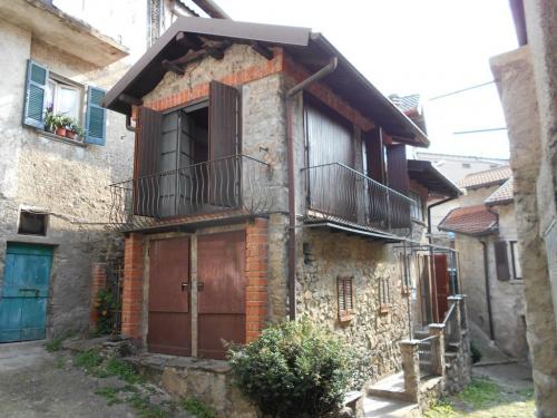 Maison jumelée à Nesso