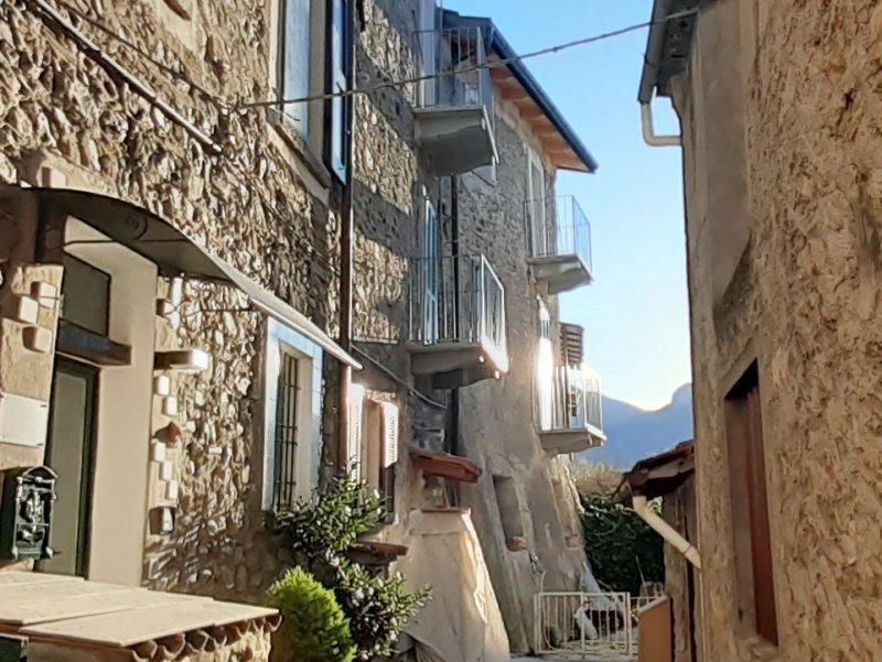Self-contained apartment in Lezzeno