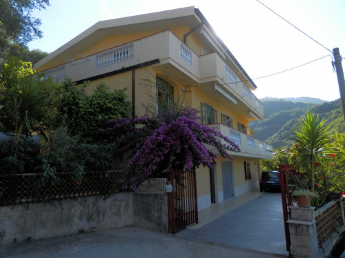 Villa i Acquappesa