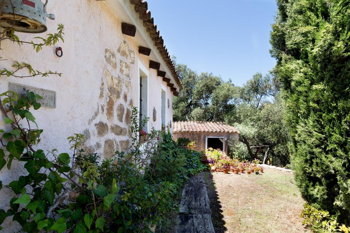 Hus på landet i Baja Sardinia