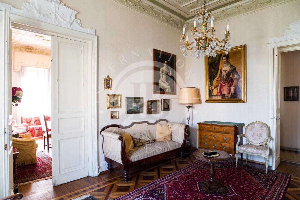 Wohnung in Genua
