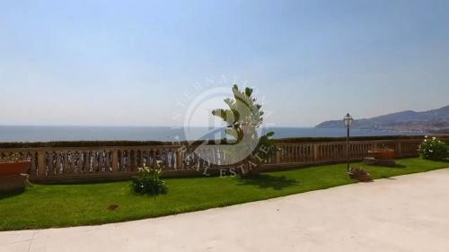 Villa à Sanremo