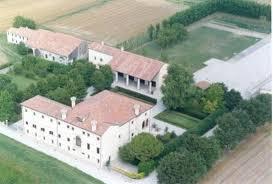 Villa in Due Carrare