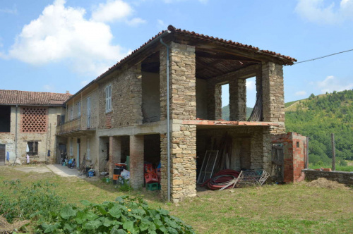 Casa de campo en Monastero Bormida