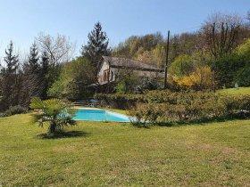 Casa de campo en Bistagno