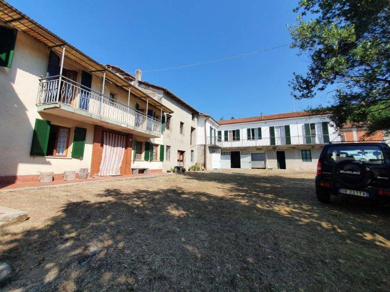莫纳斯泰罗博尔米达乡间房屋