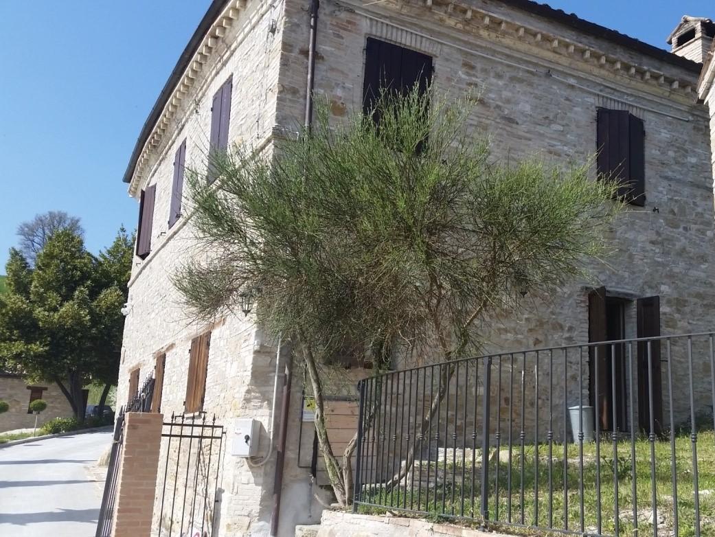 Farmhouse in San Severino Marche