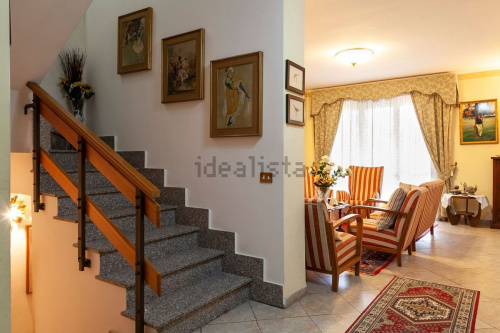 Terraced house in Orte