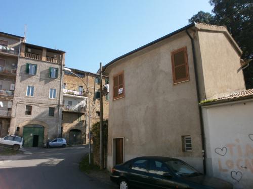 Apartamento en Bassano Romano