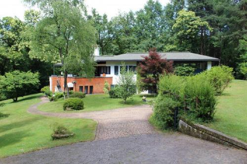Villa a Borgo Ticino
