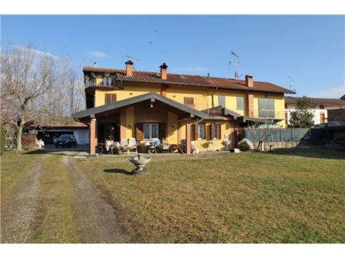 Villa a Comignago