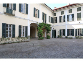 Historisches Haus in Sizzano
