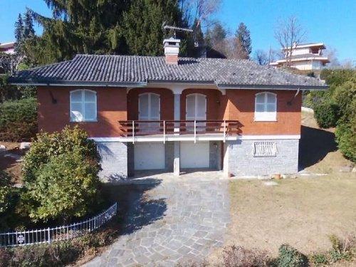Villa in Nebbiuno