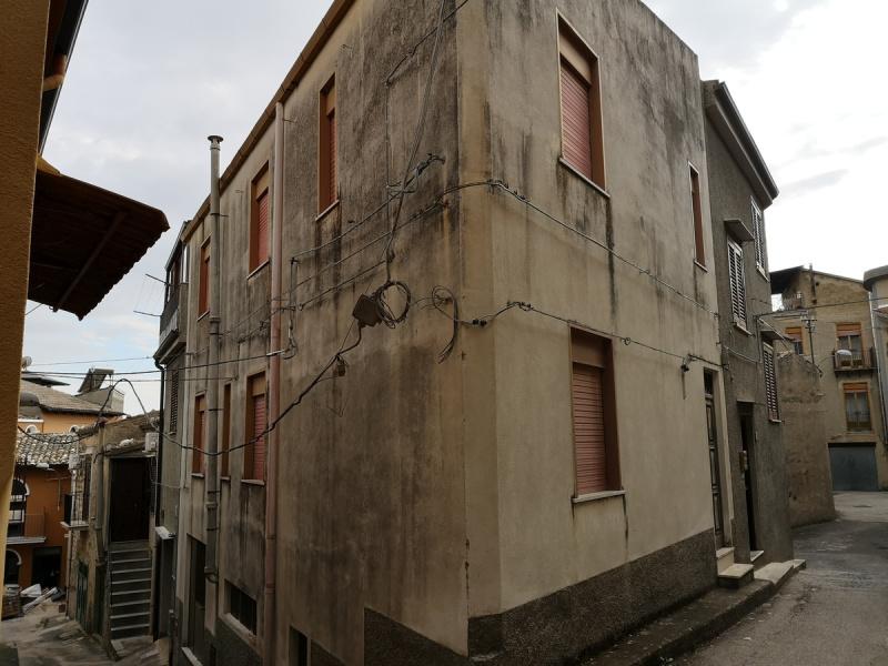 Einfamilienhaus in Bisacquino