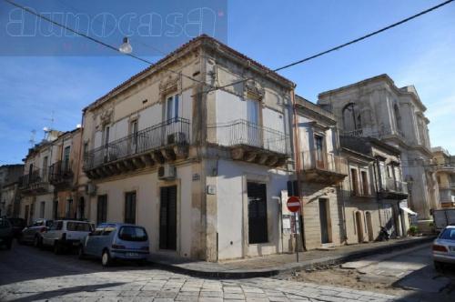 Historisches Appartement in Noto
