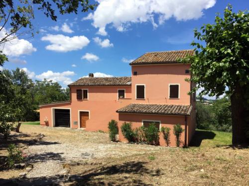 Casa de campo en Cossignano
