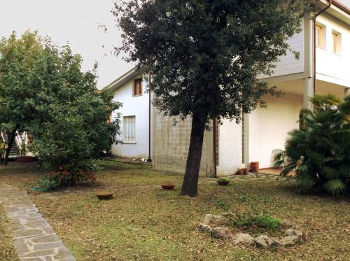 Maison semi-indépendante à Massa