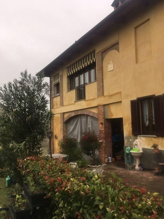 Дом в Монтегроссо-д'Асти