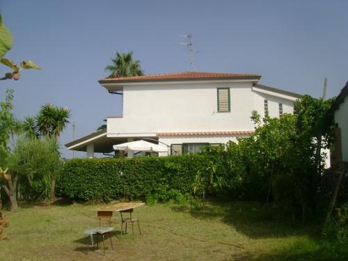 Villa en Ricadi