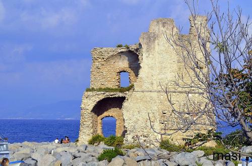 Historisches Haus in Briatico