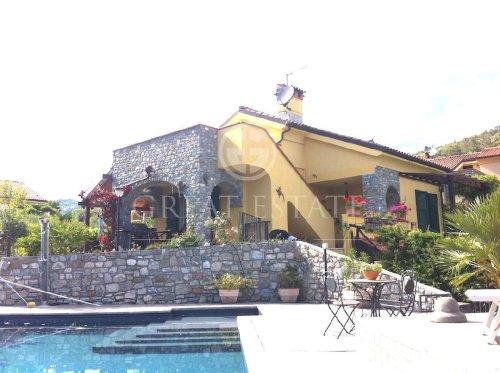 Villa in Garlenda