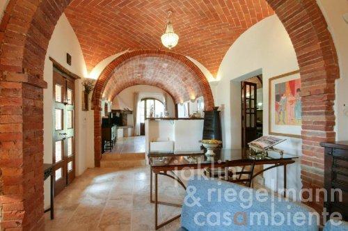 Haus in Lucignano