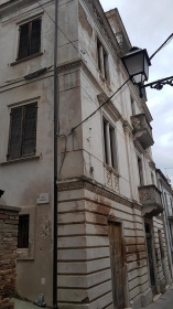 Historic house in Città Sant'Angelo