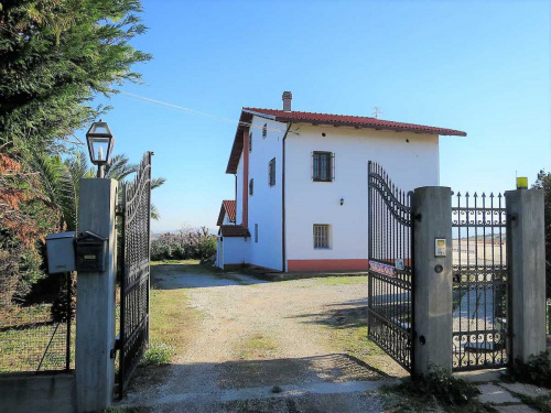 Villa in Notaresco