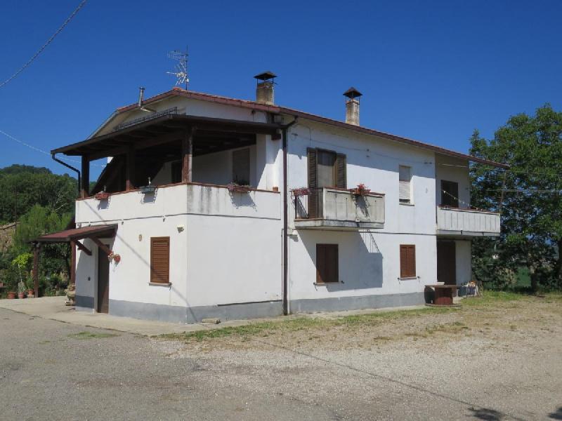 Landhaus in Cellino Attanasio