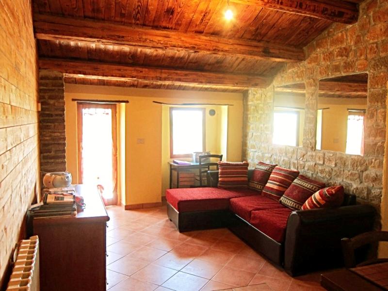 Haus in Castiglione Messer Raimondo