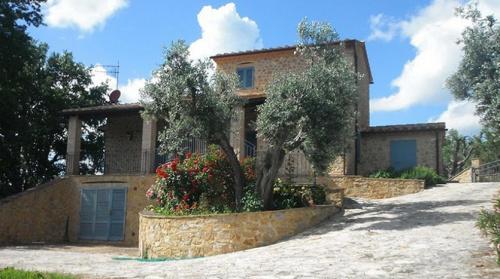 Hus på landet i Semproniano