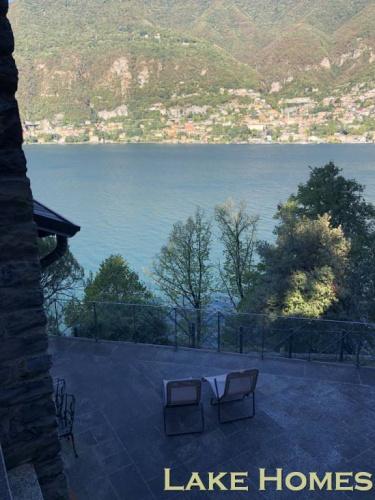 Villa in Torno