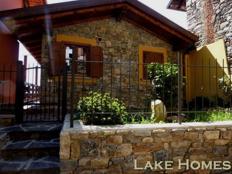 Landhaus in Nebbiuno
