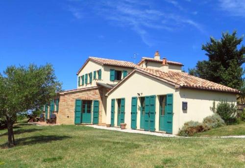 Hus på landet i Serra de' Conti