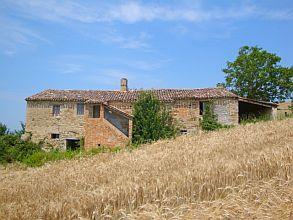 Bauernhaus in Fratte Rosa