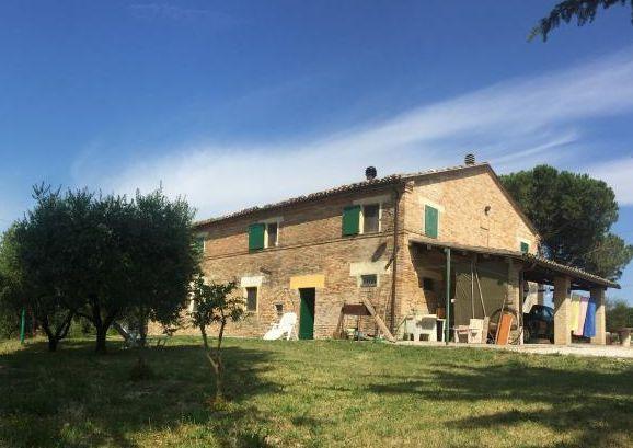 Landhaus in Morro d'Alba