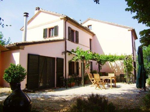 Сельский дом в Сенигаллия