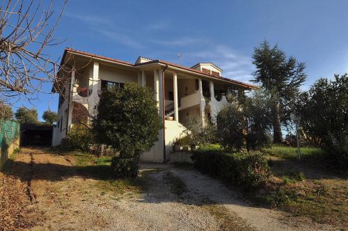 Casa independiente en Massignano