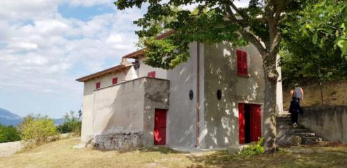 Casa indipendente a Frontone