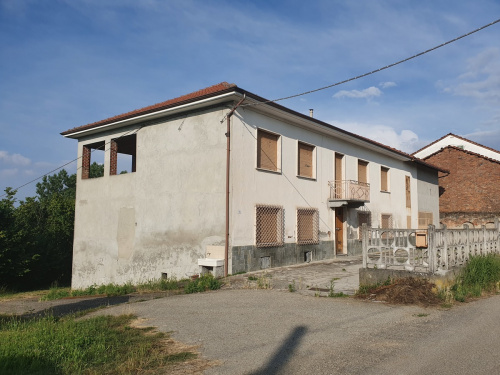 Detached house in Roatto