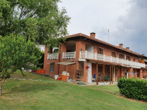 Country house in Villafranca d'Asti