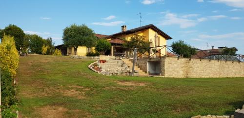 Villa in Agrate Conturbia