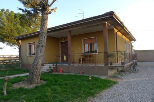 Hus på landet i Nogarole Rocca