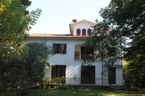 Villa in Massa