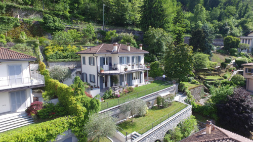Villa in Faggeto Lario