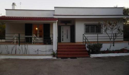 Moradia em Villa Castelli