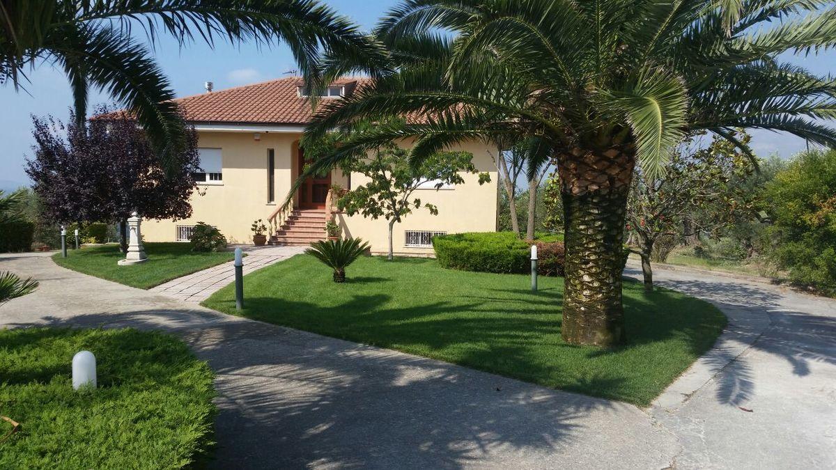 Villa en Amato